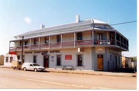 Grand Junction Hotel - Accommodation Port Hedland