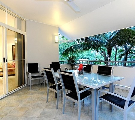 Oasis At Palm Cove - Accommodation Port Hedland