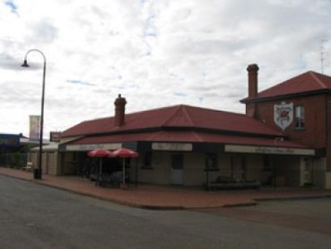 Bedford Arms Hotel - Accommodation Port Hedland