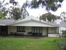 Naracoorte Cottages - Pinkerton Hill - Accommodation Port Hedland
