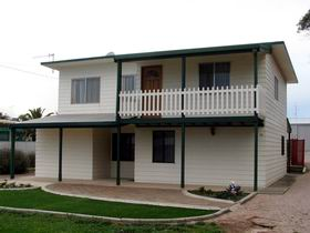 Louth Bay Holiday Apartment - Accommodation Port Hedland