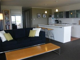 Coorong Waterfront Retreat - Accommodation Port Hedland