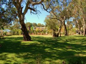 Jacobs Creek Retreat at Moorooroo Park - Accommodation Port Hedland