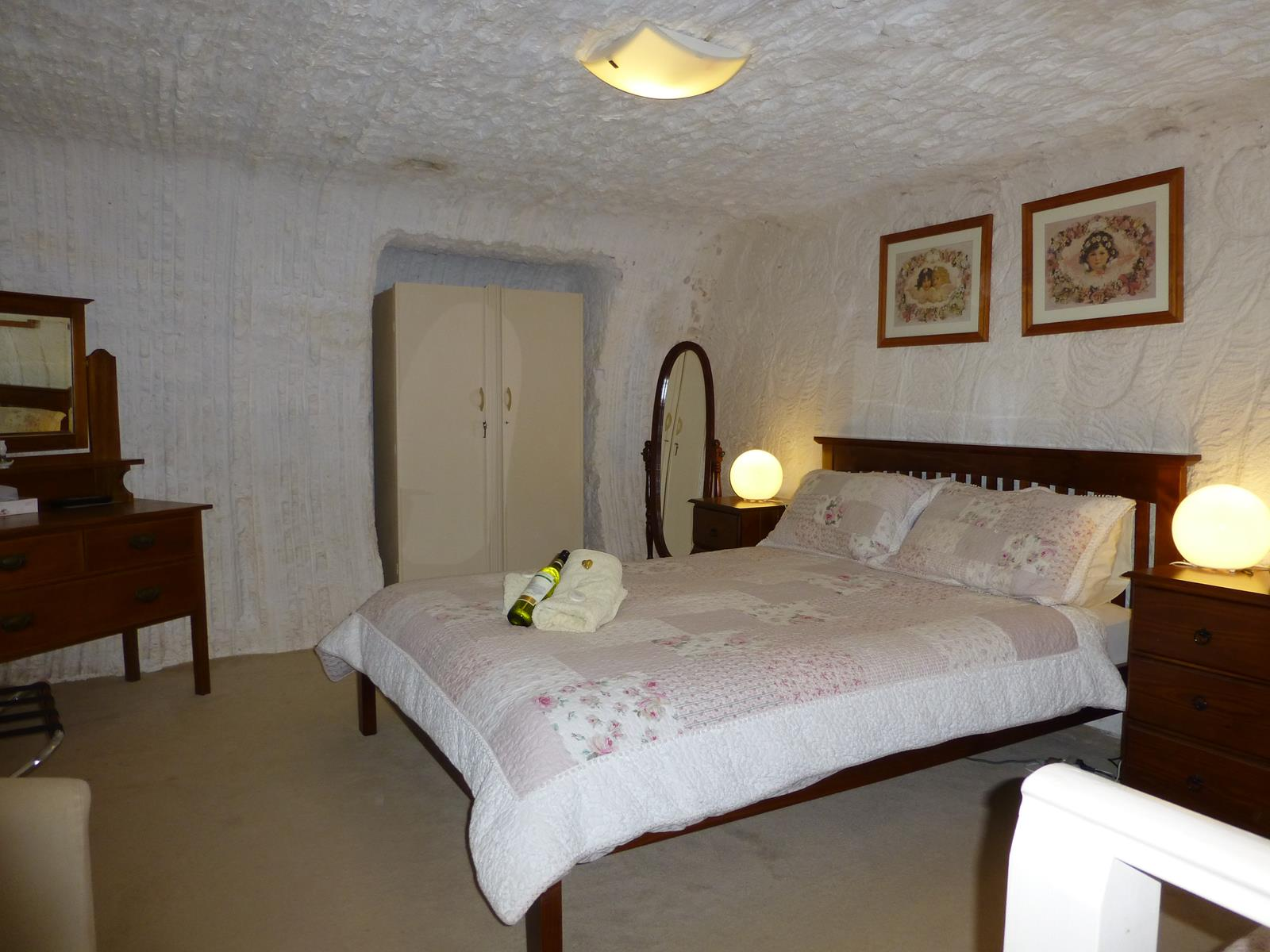 Underground Bed and Breakfast - Accommodation Port Hedland
