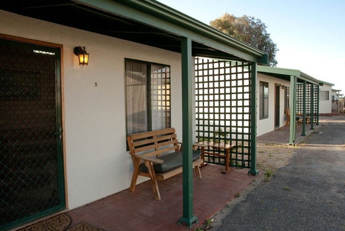 Moonta Bay Road Cabins and Cottages - Accommodation Port Hedland