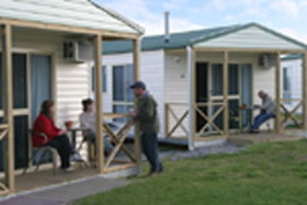 Discovery Holiday Parks Devonport Cosy Cabins - Accommodation Port Hedland