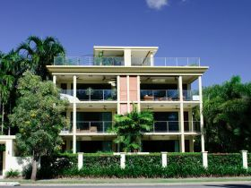 Cairns Beachfront Apartment - Accommodation Port Hedland