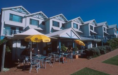 Breakers Apartments Mollymook - Accommodation Port Hedland