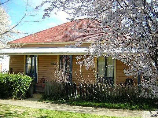 Cooma Cottage - Accommodation - Accommodation Port Hedland