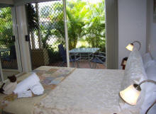 Alexander Lakeside Bed and Breakfast - Accommodation Port Hedland