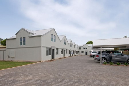 Hello Adelaide Motel  Apartments - Accommodation Port Hedland