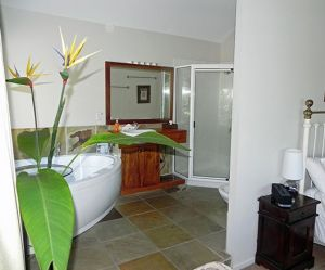 Airlie Waterfront Bed and Breakfast - Accommodation Port Hedland