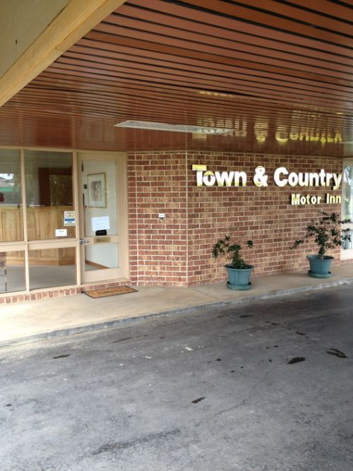 Town amp Country Motor Inn Forbes - Accommodation Port Hedland