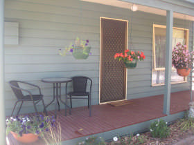 Waterfall Cottage - Accommodation Port Hedland