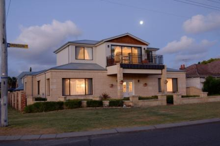 Holiday Apartments Perth - Accommodation Port Hedland