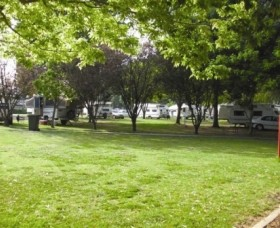 Cowra Van Park - Accommodation Port Hedland