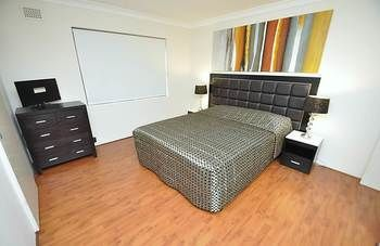 Balmain 3 Mont Furnished Apartment - Accommodation Port Hedland