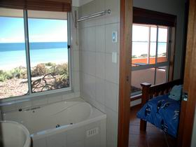 Ceduna Shelly Beach Caravan Park and Beachfront Villas - Accommodation Port Hedland