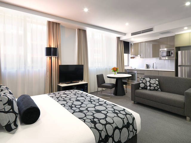 Meriton Serviced Apartments - North Ryde - Accommodation Port Hedland