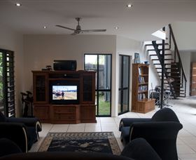 Dolphin Beach House - Accommodation Port Hedland