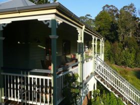 The Sanctuary Springbrook. Guest House / Cottage - Accommodation Port Hedland