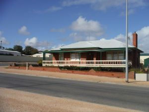Sea Crest - Accommodation Port Hedland