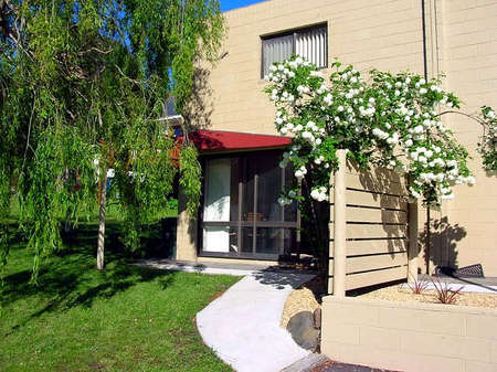 Apartments on Strickland - Accommodation Port Hedland