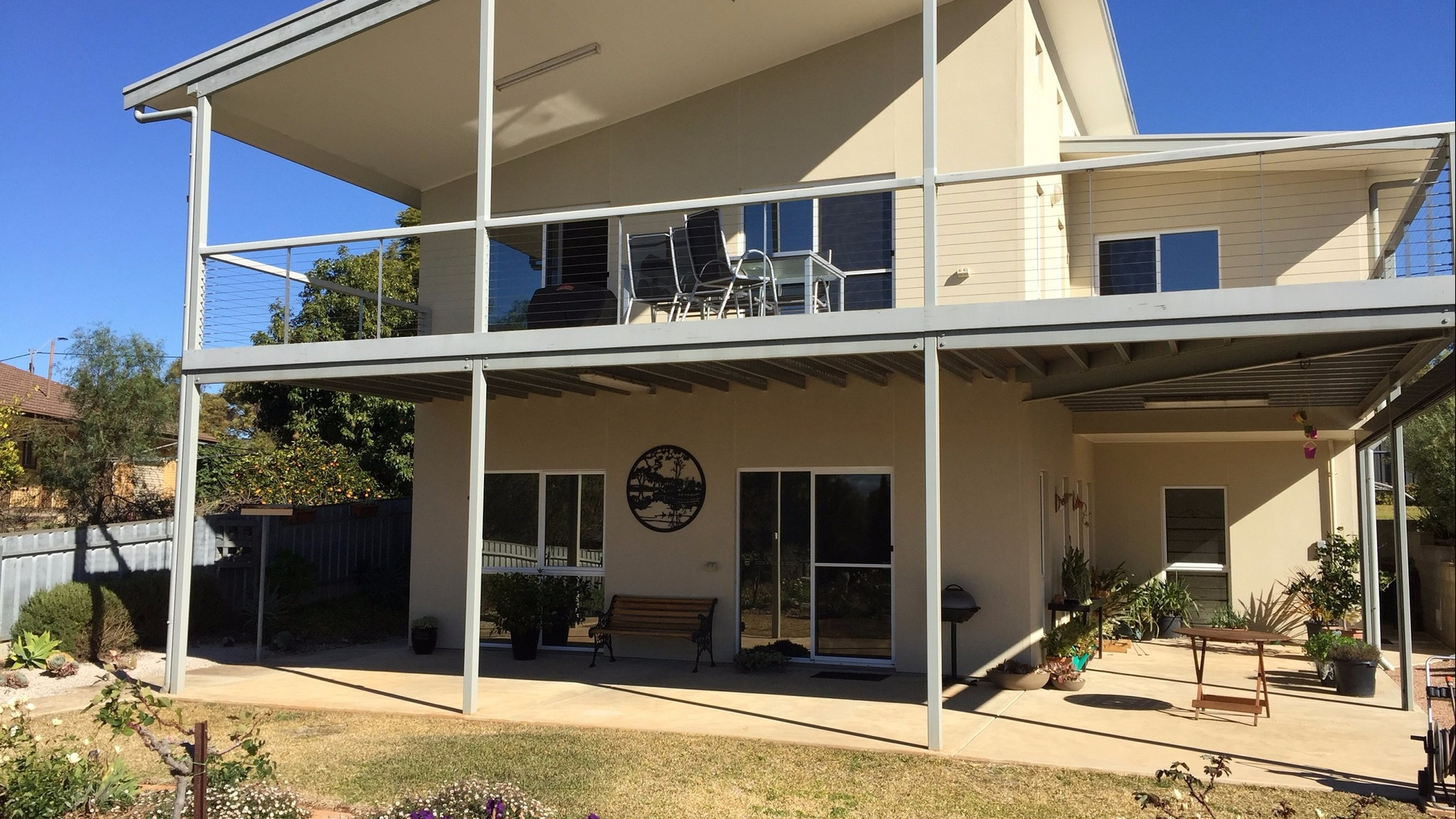 Lyreen's Apartment Bed and Breakfast - Accommodation Port Hedland