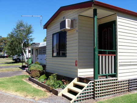 Leongatha Apex Caravan Park - Accommodation Port Hedland