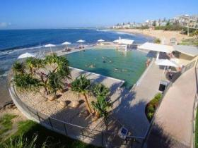 Kings Beach - Beachfront Salt Water Pool - Accommodation Port Hedland