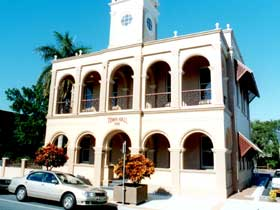 Mackay Town Hall - Accommodation Port Hedland