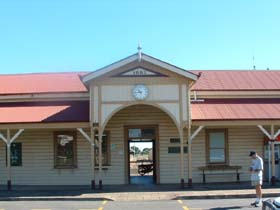 Maryborough Railway Station - Accommodation Port Hedland