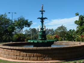 Band Rotunda and Fairy Fountain - Accommodation Port Hedland