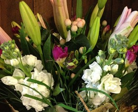 Alpine Blooms Florist Mansfield - Accommodation Port Hedland