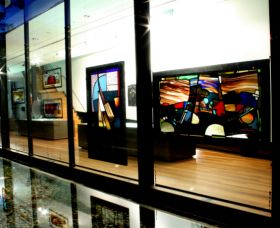 National Art Glass Collection - Accommodation Port Hedland