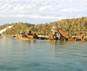 Tangalooma Wrecks Dive Site - Accommodation Port Hedland