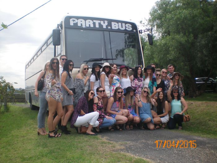 R  R Bus and Leisure Hire - Accommodation Port Hedland