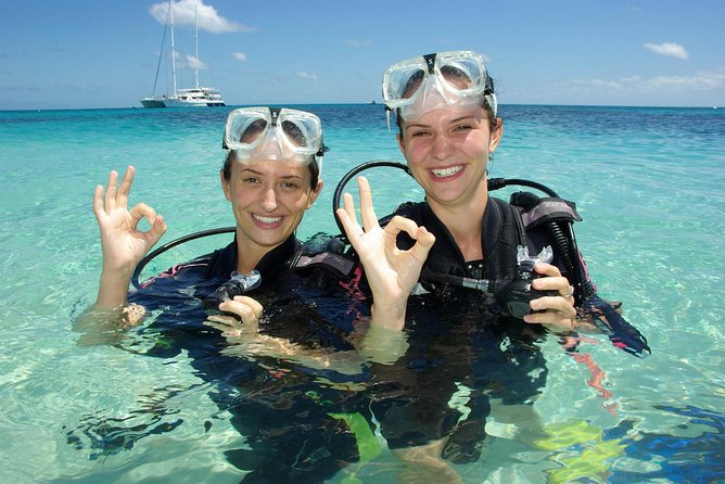 Ocean Spirit Michaelmas Cay Dive and Snorkel Cruise from Palm Cove - Accommodation Port Hedland