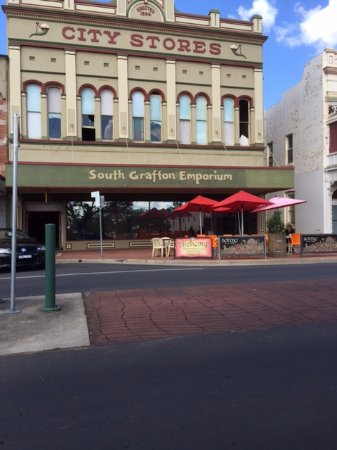 Emporium Cafe - Accommodation Port Hedland