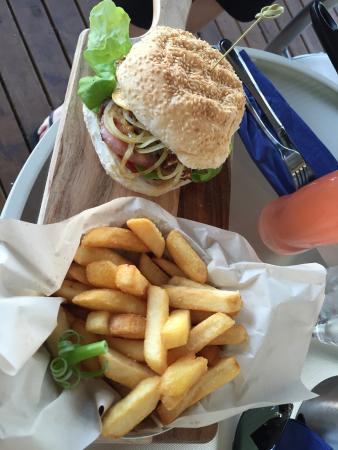 Lake Vue Cafe - Accommodation Port Hedland