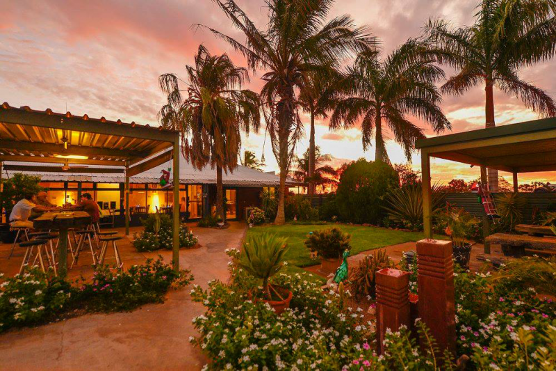Devils Marbles HotelWauchope - Accommodation Port Hedland