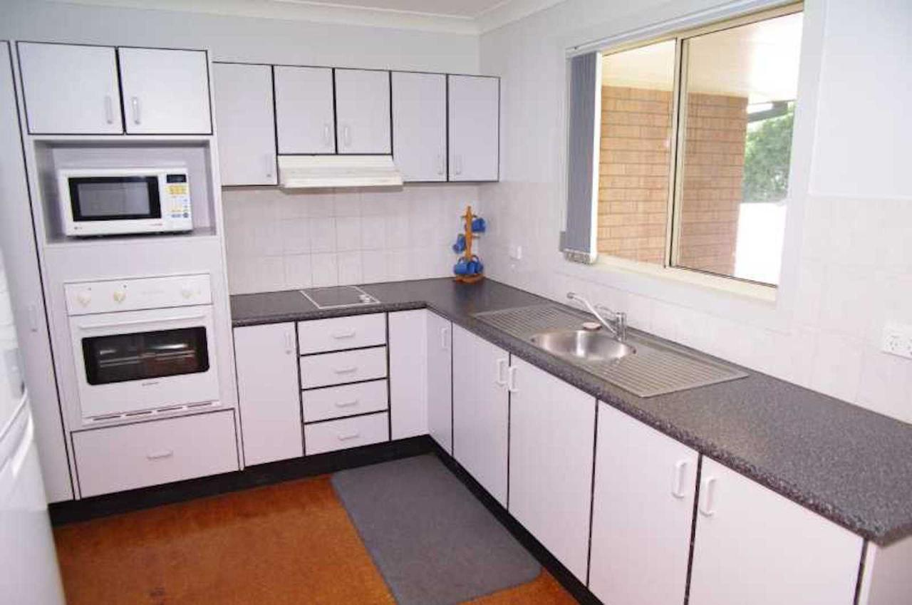 Bellhaven 1 17 Willow Street - Accommodation Port Hedland