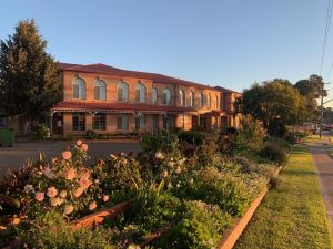 Heritage Motor Inn Goulburn - Accommodation Port Hedland