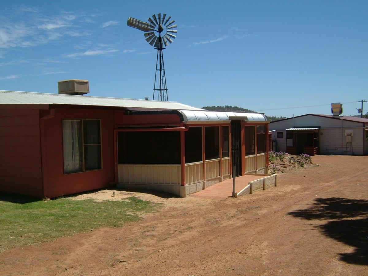 Bindoon's Windmill Farm - Accommodation Port Hedland