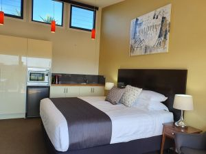Sanctuary Hill Retreat - Accommodation Port Hedland
