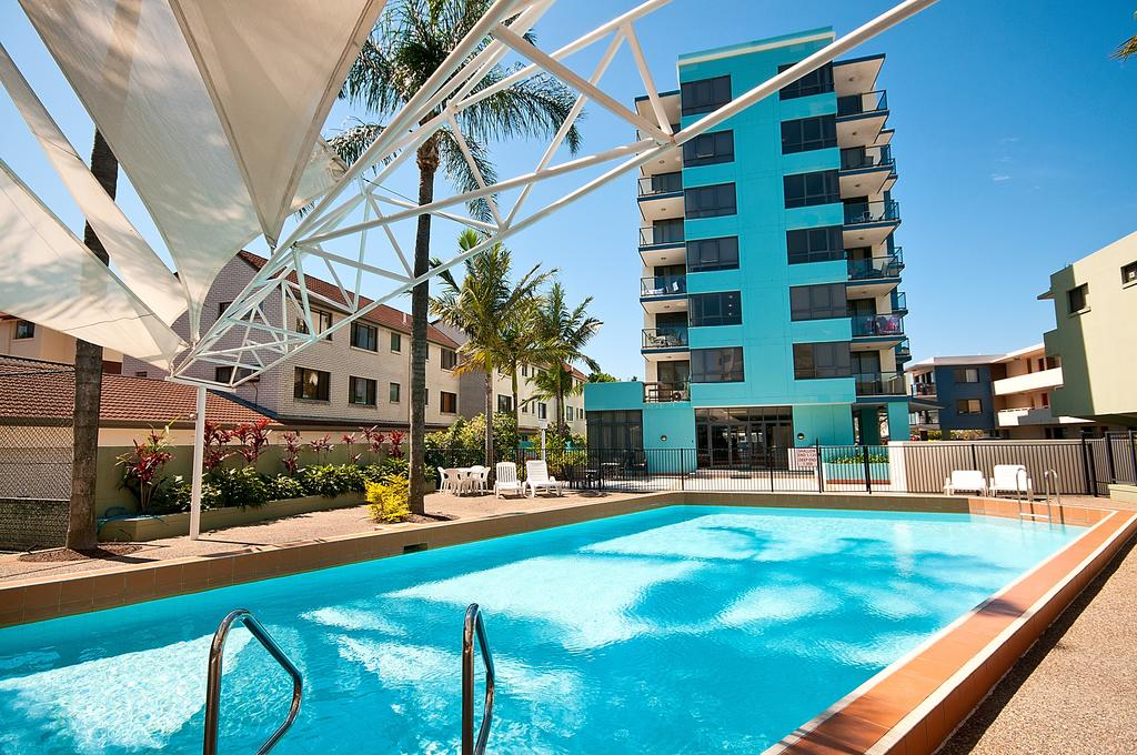 Aqualine Apartments On The Broadwater - Accommodation Port Hedland